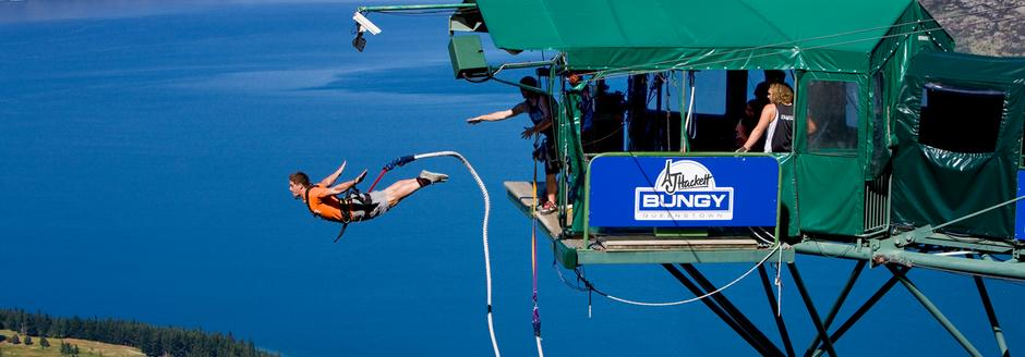 Bungy Jumping in Queenstown with caravan for hire