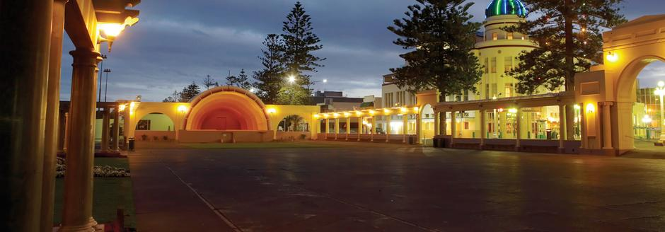 napier new-zealands art deco capital with caravan for hire