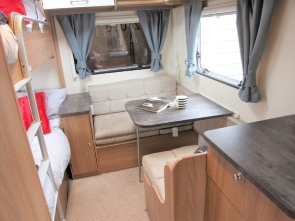 dinette-min Bailey pursuit 570/6
